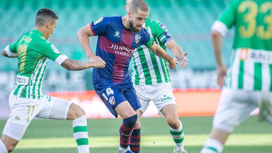 El Huesca consuma su descenso a Segunda
