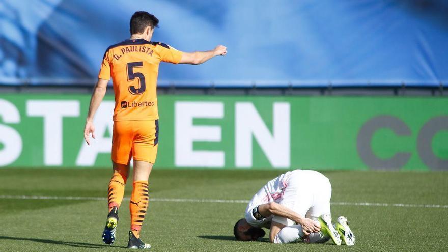 Benzema, otra baja del Madrid para ir a Valladolid
