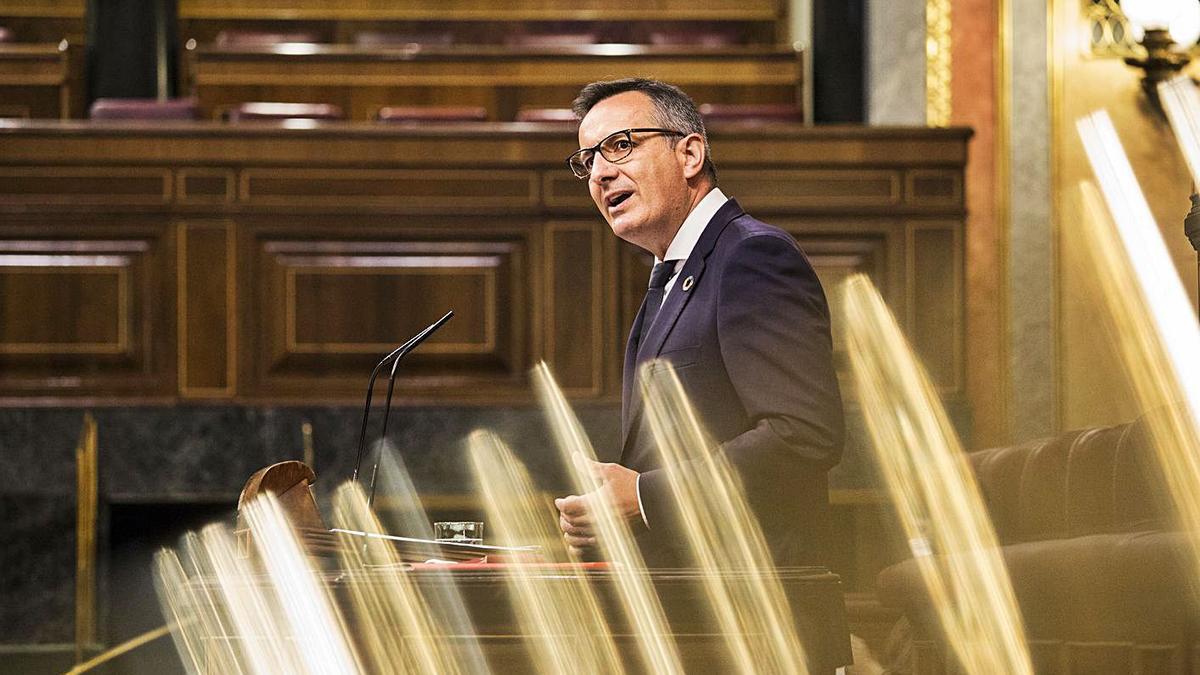 Diego Conesa defendió ayer el Estatuto ante el Congreso.