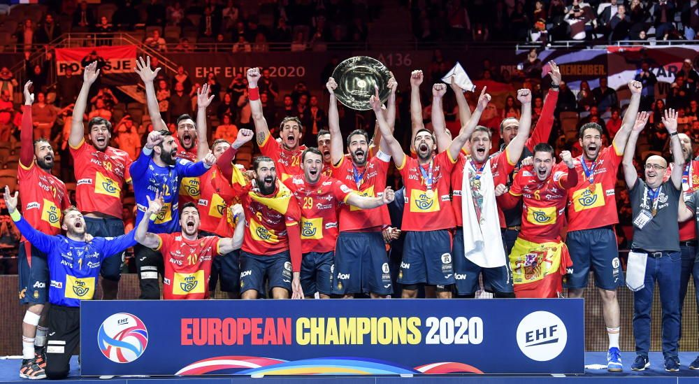 La selección de balonmano gana en Europa | Enero