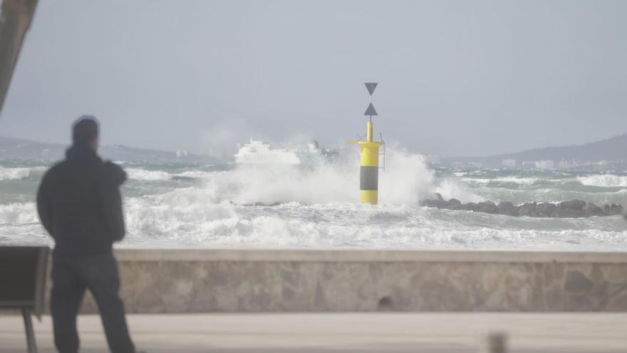 Viento, tormentas y oleaje: riesgo importante este miércoles en Baleares