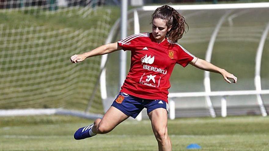 Teresa Abelleira, convocada de nuevo con la Selección