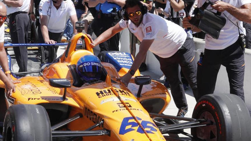 Alonso rechazó comprar un asiento en otro coche