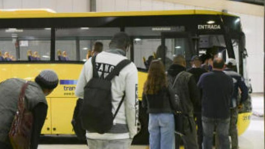 Kinder fahren kostenlos Bus und Bahn