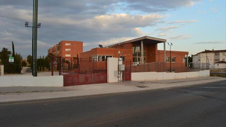 Interior aprueba la permuta del antiguo cuartel de la Guardia Civil de Puente Genil por el nuevo edificio
