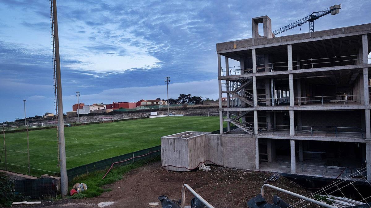 Estado de la Ciudad Deportiva Javier Pérez con las obras paradas desde mediados de 2020.