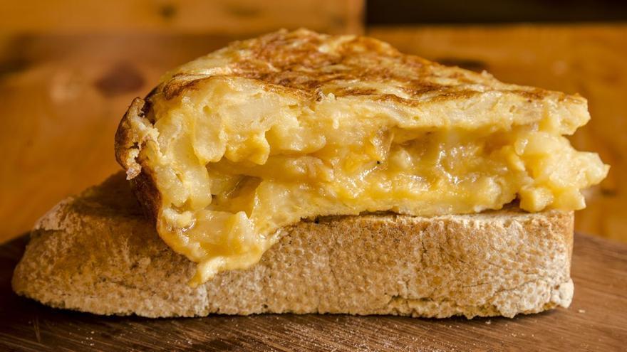'Diga simplemente que no le gustó la tortilla': el zasca de un hostelero a un cliente por quejarse