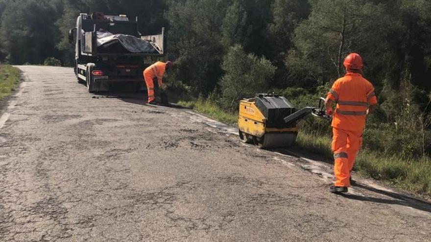 """Diputación renovará la maltrecha carretera de Miravet """"a finales de verano"""""""