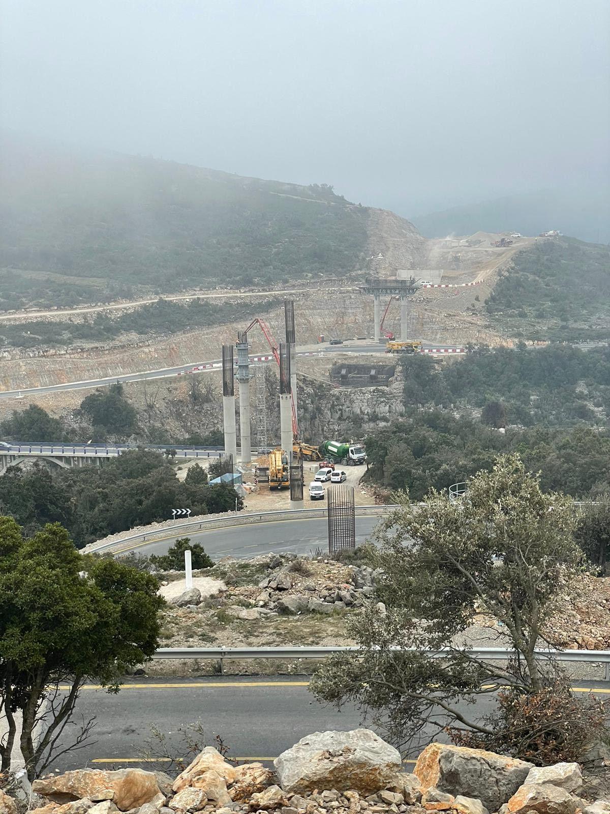 Así es el espectacular viaducto de 60 metros de altura que culminará la nueva N-232 de Morella