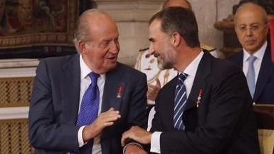 """El Rey emérito se pone """"a disposición de la Fiscalía"""""""