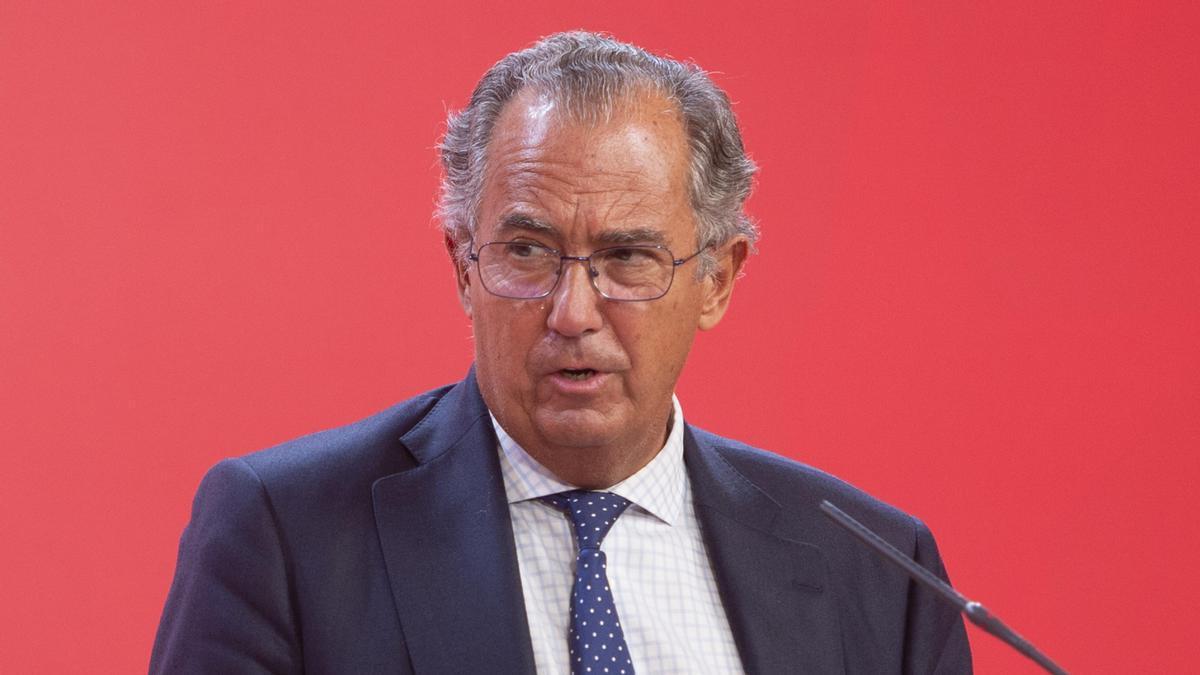 El consejero de Educación y portavoz del Gobierno regional, Enrique Ossorio.