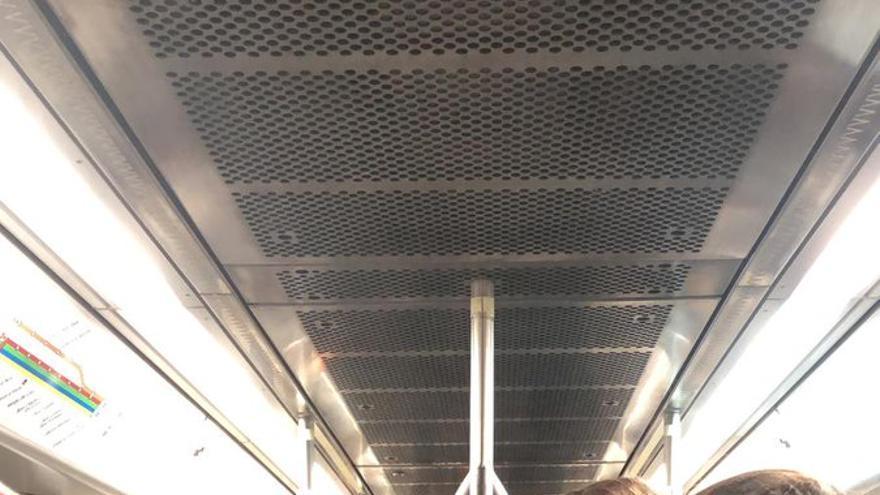 El Govern pondrá un vagón más para evitar las aglomeraciones en el metro a la UIB