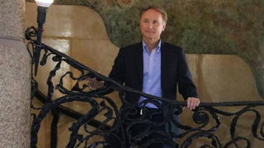 Dan Brown presenta «Origen», amb part de la trama ambientada a Montserrat