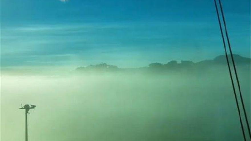 Asi es un aterrizaje con baja visibilidad en Los Rodeos