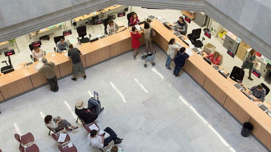 La Junta acuerda el teletrabajo para su personal en provincias con nivel 4 de contagios
