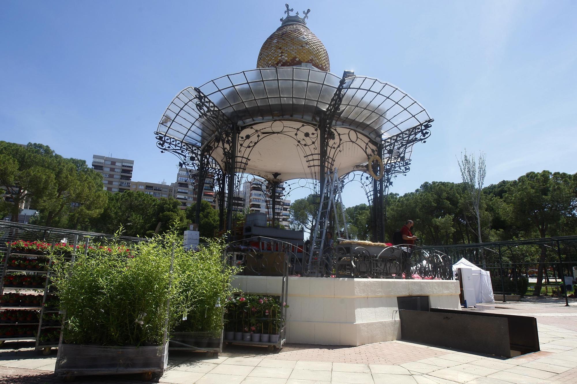 Así se prepara el Parque Grande para inaugurar el festival ZGZ Florece