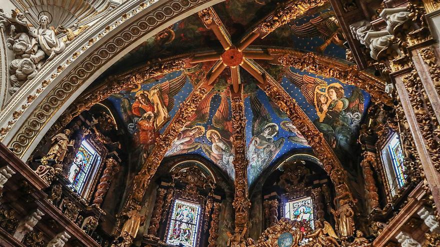 El consistorio da licencia de obras condicionada a la Catedral para   restaurar los frescos del siglo XV