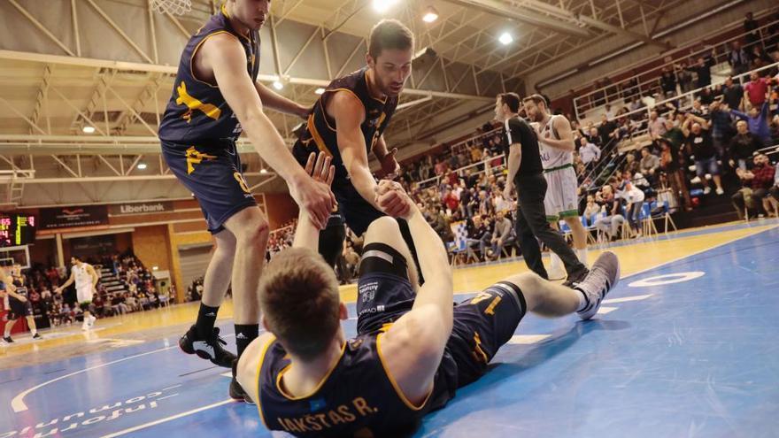 El Oviedo Baloncesto estudia irse a Gijón o Avilés si no tiene nuevo pabellón en un año
