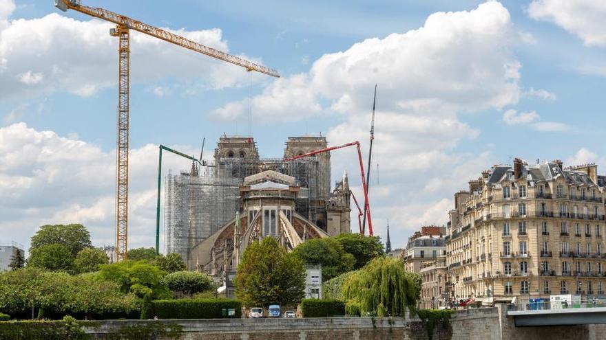 Las obras de Notre-Dame han retirado ya todo el andamiaje quemado en el incendio