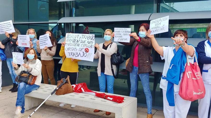 """El personal de limpieza de Son Espases arranca tres días de protestas por la """"excesiva carga de trabajo"""""""