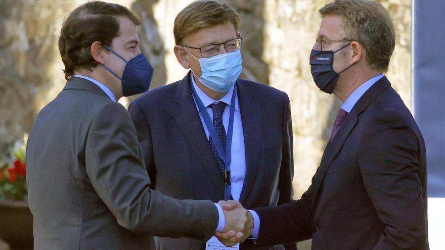 """Feijóo: """"No es verdad que el sistema de financiación perjudique a Cataluña"""""""