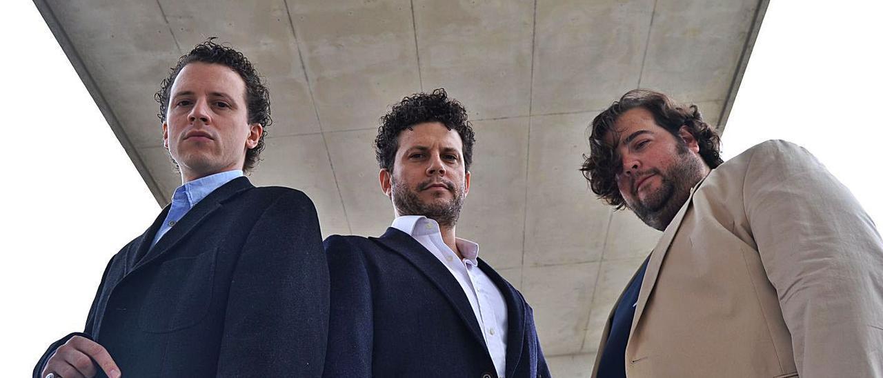 Alberto Martos, Pablo Martos y Ambrosio Valero, en una imagen promocional. | CENTRO CULTURAL SANT CARLES