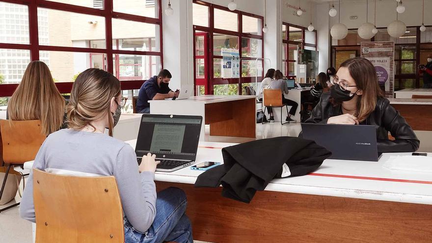 La UMA amplía su oferta de idiomas con la enseñanza de hasta diez lenguas