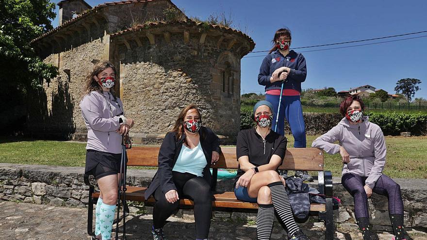 "Las cinco compañeras que empezaron a recorrer las rutas rurales de Gijón tras entrar en un ERTE: ""Son guapísimas"""