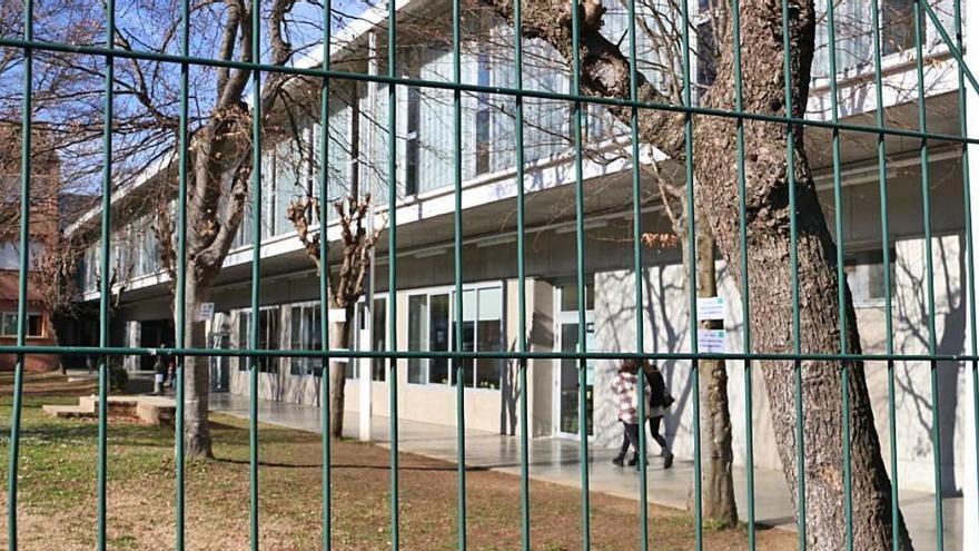 L'excepció olotina en el descens dels grups confinats a Catalunya