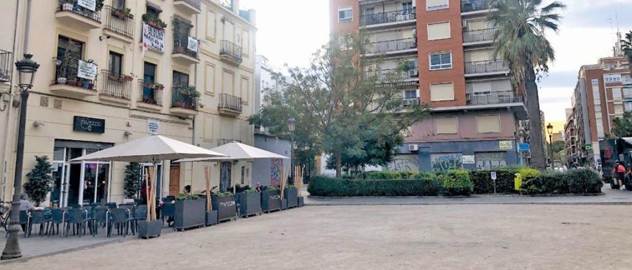 Más de 200 solares destinados a dotaciones esperan uso en València