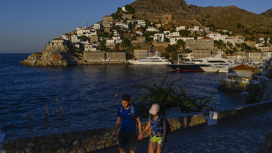 Grecia espera abrirse al turismo desde el 14 de mayo