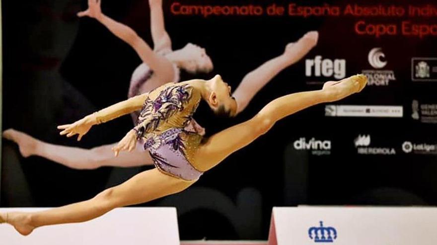 La gimnasta ibicenca Avril del Alcázar logra el oro en el Campeonato de España Base