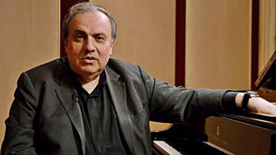 El pianista Yefim Bronfman actúa el lunes en el Teatro Principal de Alicante