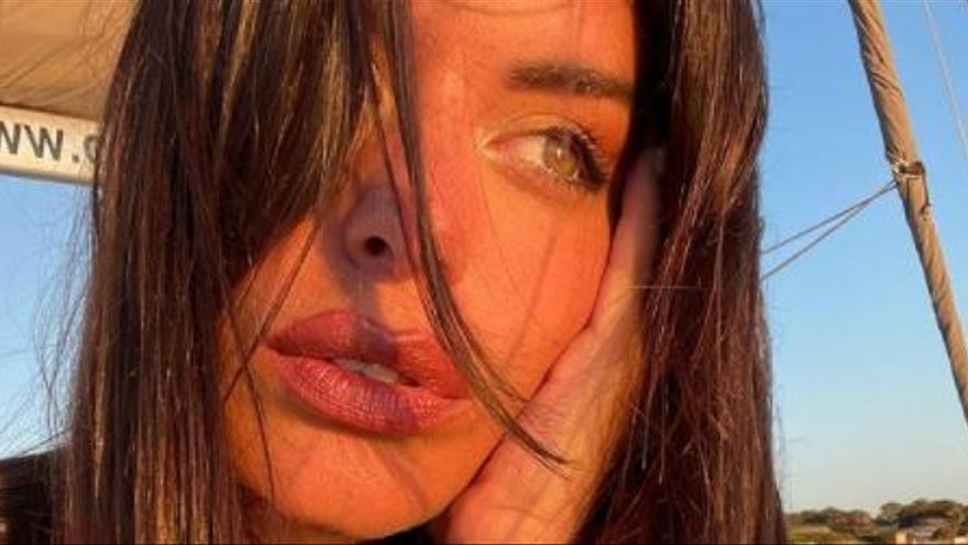 Dulceida rescata a unos jóvenes de un naufragio en Ibiza