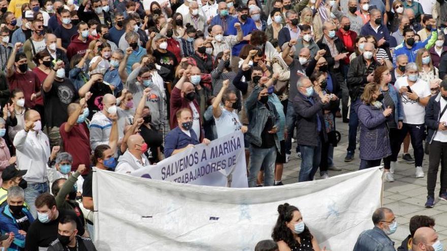 A Mariña se rebela contra el cierre de la fábrica de Vestas y la parálisis de Alcoa