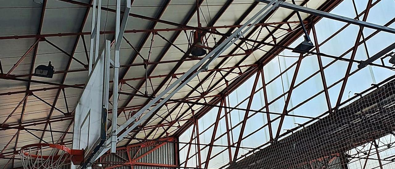 Cubierta del pabellón Fontana Mogort vista desde el interior. | LEVANTE-EMV