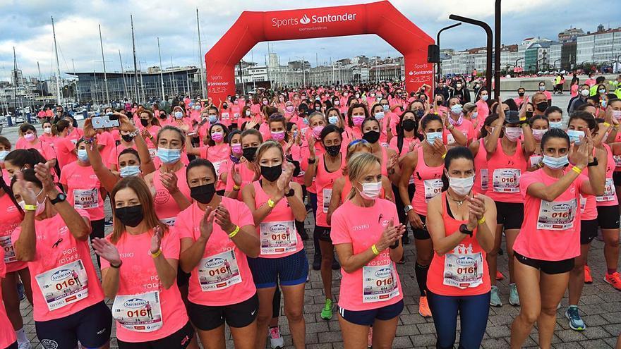 Emotivo aplauso en memoria de Marquiz en la Carrera de la Mujer