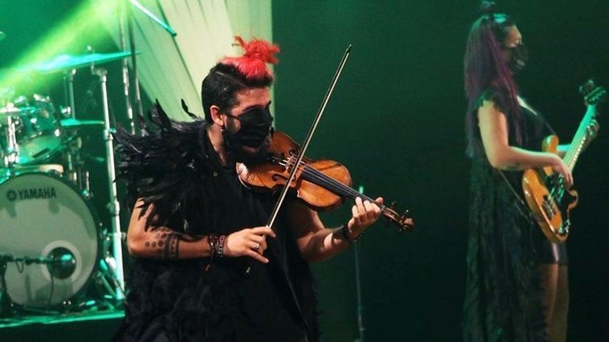 Strad, El Pequeño Violinista Rebelde «Érase una vez»