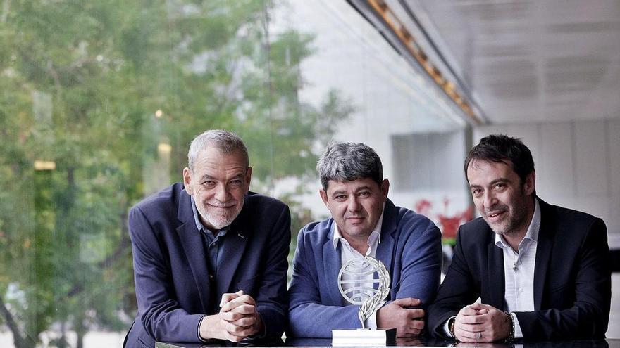 Agustín Martínez, uno de los autores tras Carmen Mola, gana el Planeta