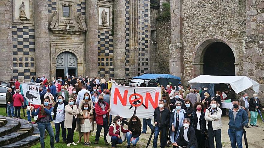 Vecinos de Monfero se movilizan contra el parque eólico de Iberdrola en el entorno de Fragas do Eume