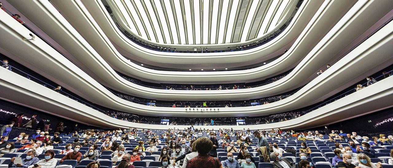 Auditorios como Les Arts aplican la  reducción de su aforo durante las  representaciones. Miguel Lorenzo