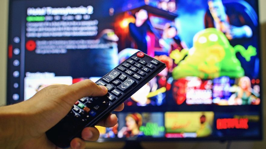 Ofertas en televisores y proyectores con más de 400 € de descuento en Philips, Samsung, LG…