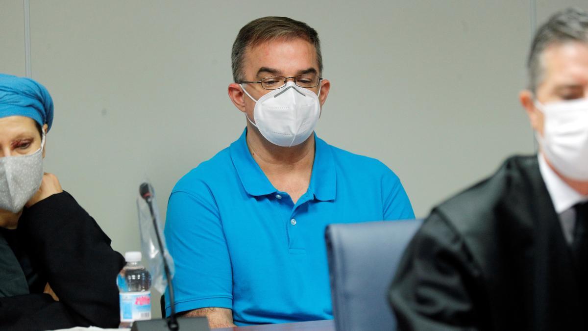 Salva R.L. condenado a 17 años por el crimen de Patraix, durante el juicio