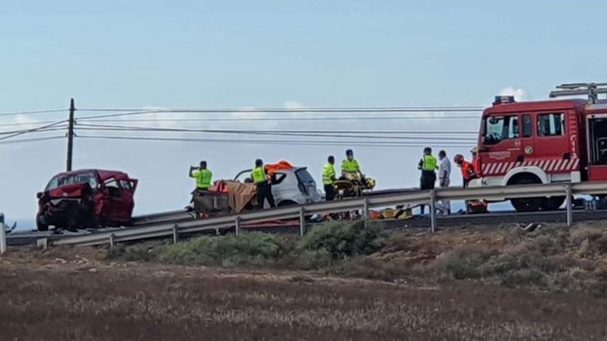 Un muerto y un herido grave en una colisión frontal en Tinajo