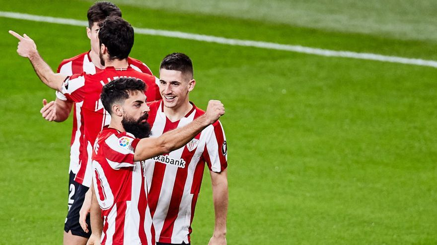 El Athletic Club noquea al Granada en el último suspiro