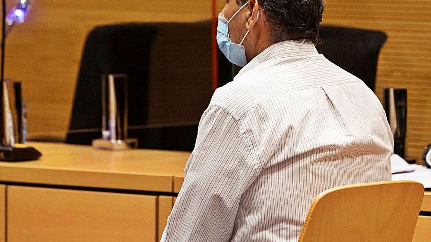 El jurado declara culpable de cohecho al empresario del 'caso hamacas'
