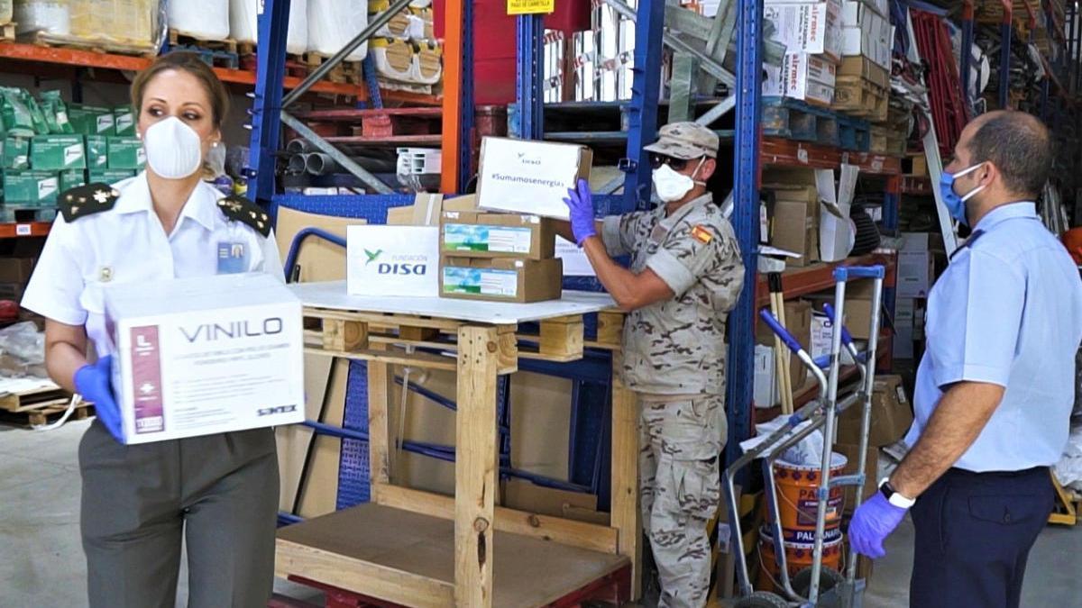 La Fundación DISA reparte más de 64.000 equipos de protección en Canarias.