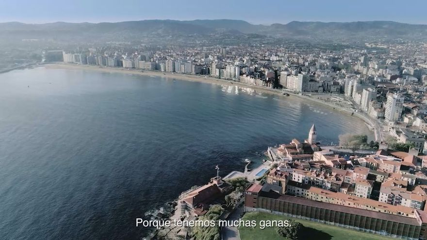 """""""Gijón! con ganas de ti"""", la nueva campaña turística municipal para captar viajeros tras la pandemia"""