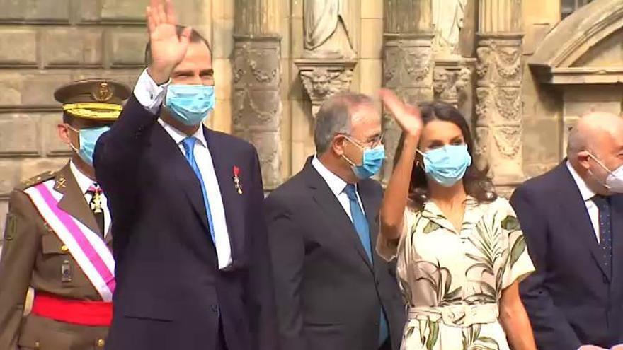 Felipe VI recuerda ante el Apóstol a las víctimas de la pandemia