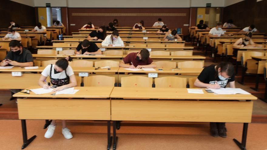 """La UMH de Elche comienza el curso el día 20 con clases presenciales para """"elevar la calidad de la docencia"""""""